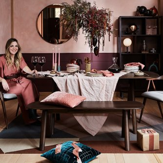 The Ultimate Relaxed Dining Table - With Ideas to Steal