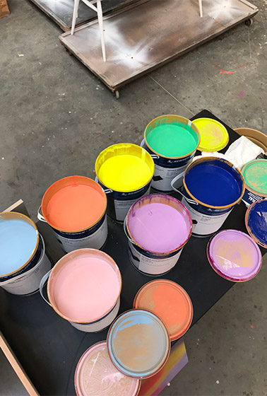 Coloured paint