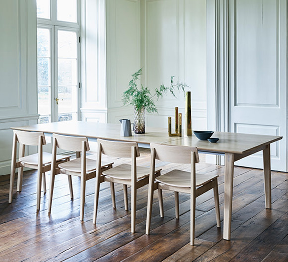 Merveilleux Ponte And Forma Large Extending Dining Table