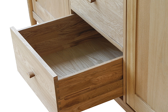 Marvelous A Wooden Handle Completes The Look To Give A Characteristically Unfussy And  Natural Feel To This Bedroom Furniture That Is Given A Fresh Feel By The  Use Of ...